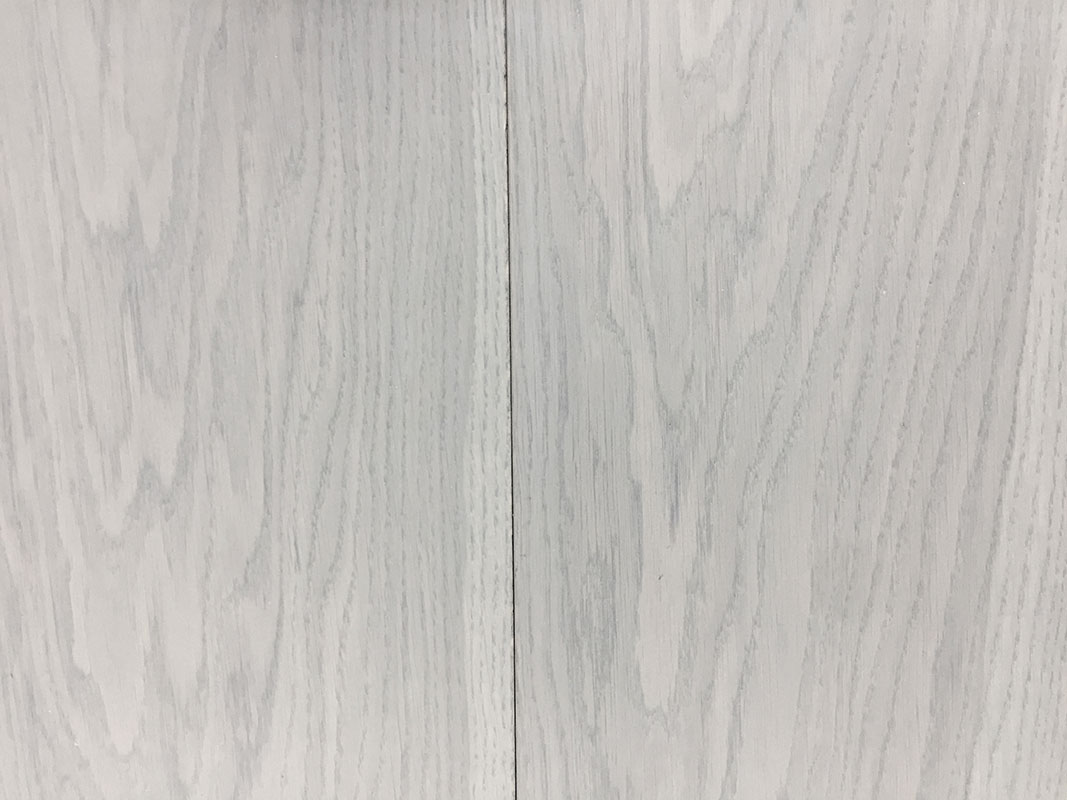 R105 Smooth Grey Stained Oak
